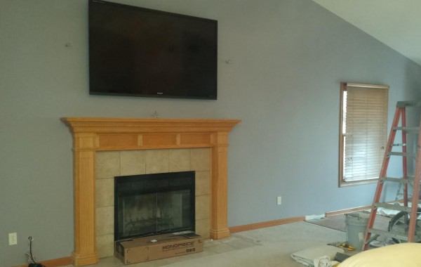 TV Installation Over Fireplace Sandwich, IL