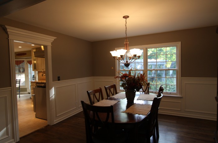 Crown Molding & Wainscot