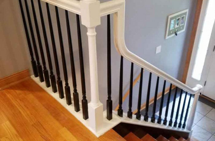 Stairway Rails Spindles Amp Baluster Sanding And Painting